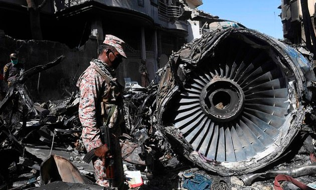 Plane Accident: Around 40% Of Pilots In Pakistan Have 'Counterfeit' Flying Licenses- Experts